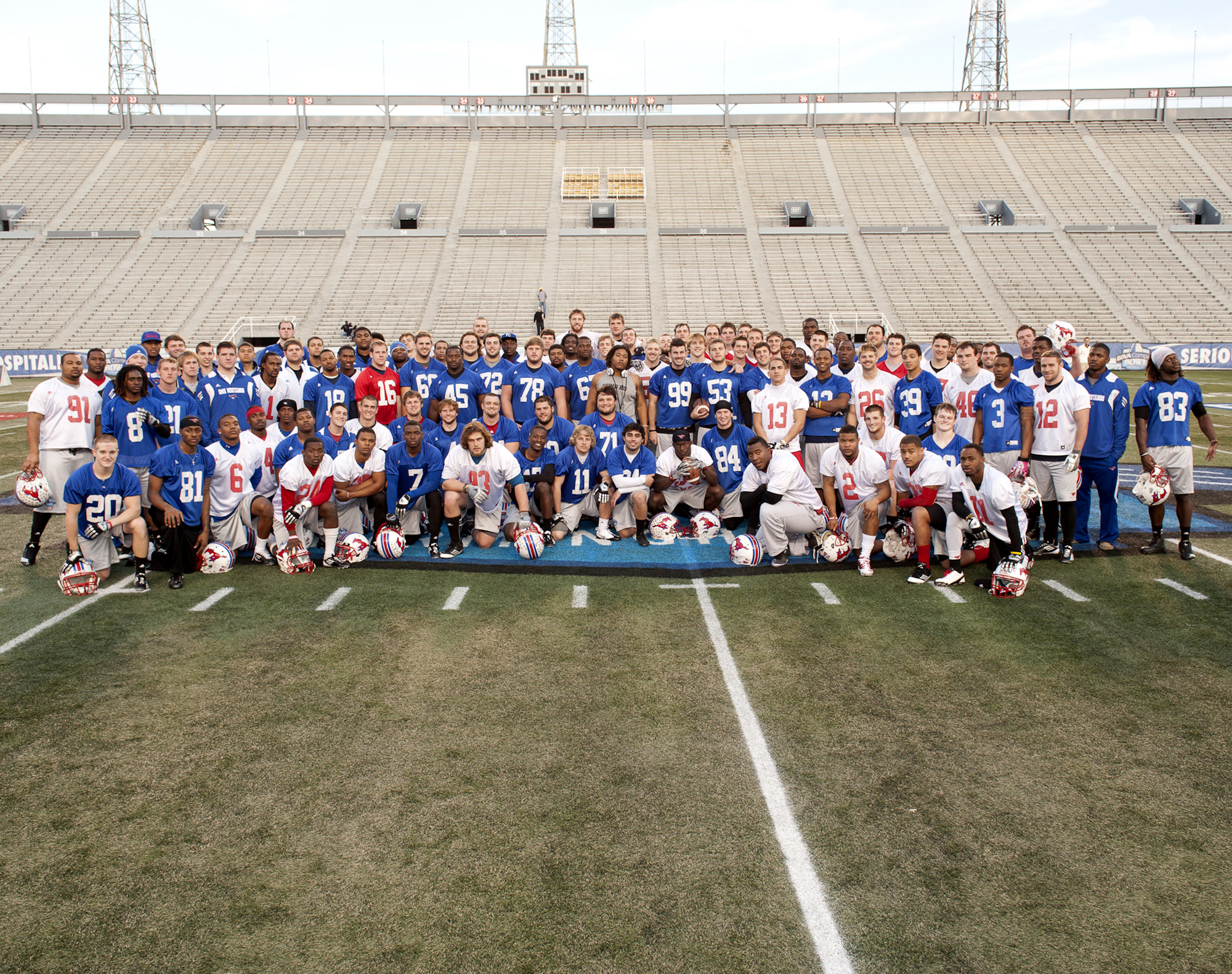 SMU Bowl Team Photo