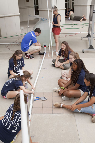 GTirls at the SMU Lyle School's Engineering Innovation Camp