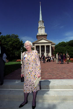 Elizabeth Perkins Prothro in front of Perkins Chapel at SMU