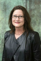 Hilltop Scholars Program Faculty: Dr. Stephanie Amsel, HSP Director and Discernment and Discourse Professor