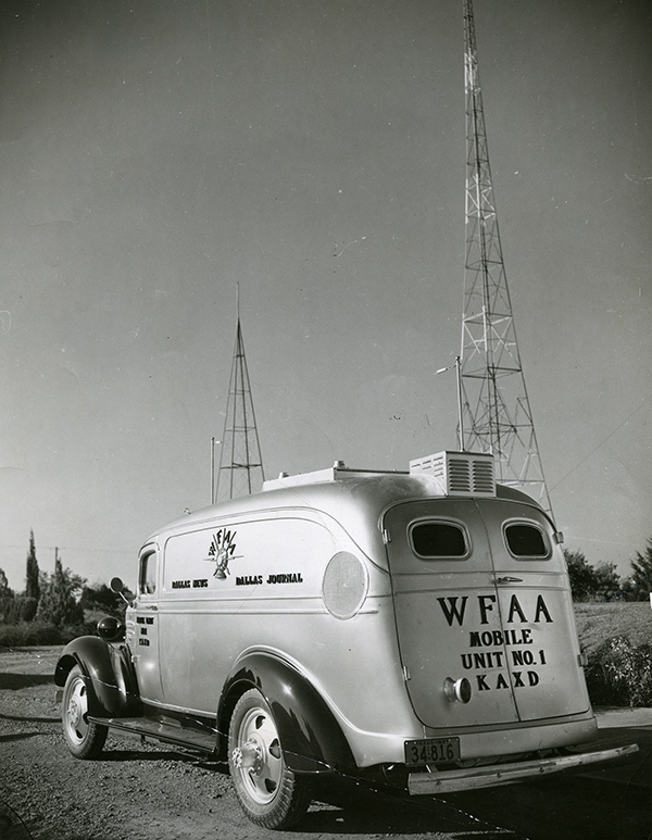 [Original WFAA remote radio truck], 1937