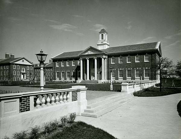 Exterior view of Bridwell Library