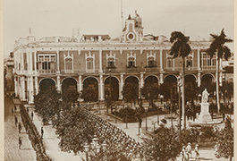 No. 2. Governor General's Palace, Havana, 11:45 a.m. January 1, 1899. Surrendering. Spanish Troops Marching Out