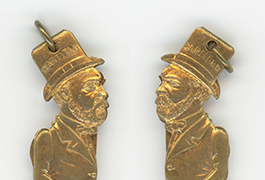 [James Garfield Nose Thumber Charm]