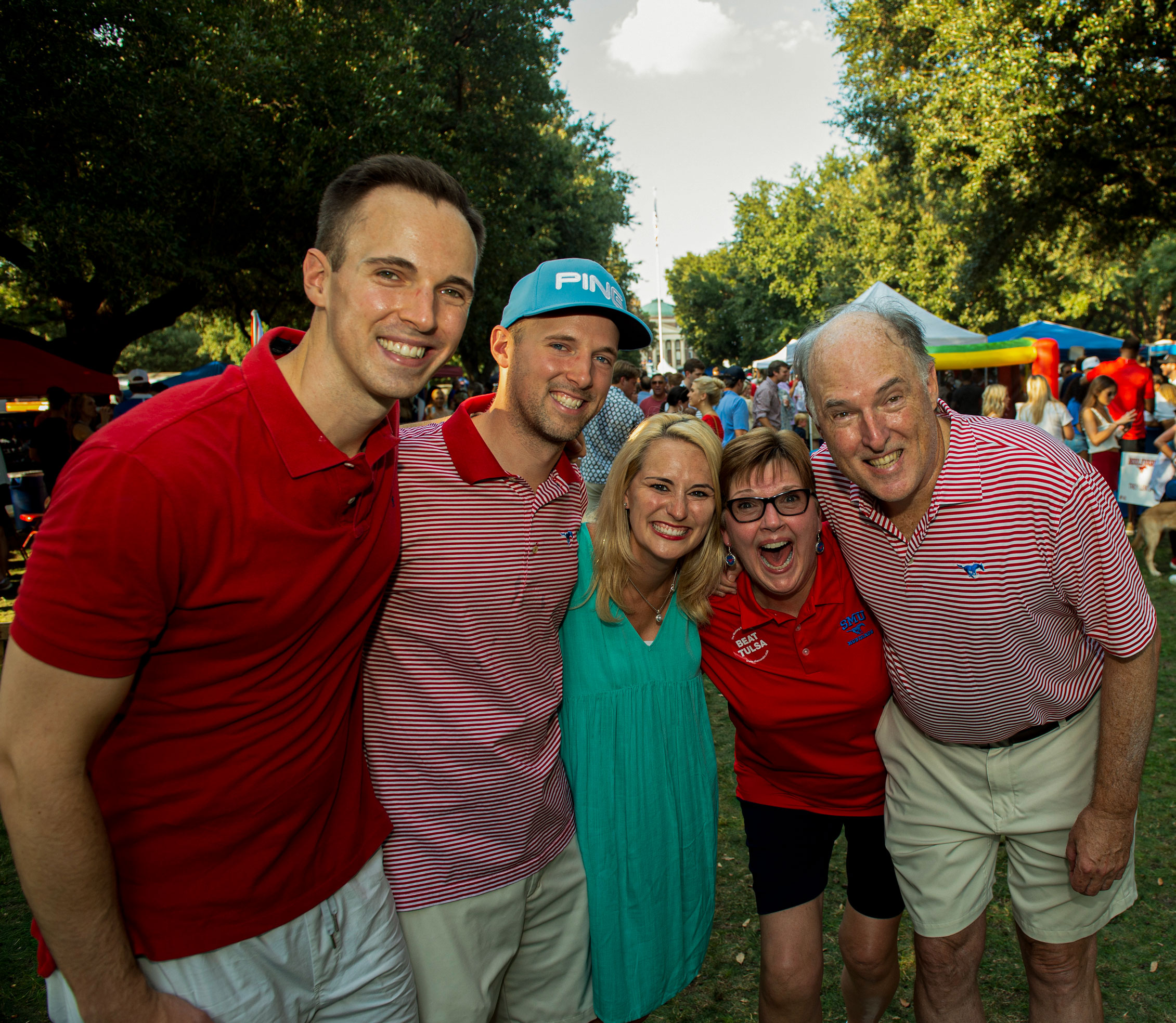 SMU Family on the Boulevard