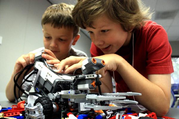 Kids at SMU LEGO camp