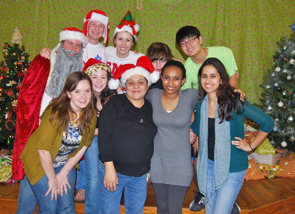SMU Alternatives Breaks organized Christmas parties at a Brownsville, Texas, community center during winter break.