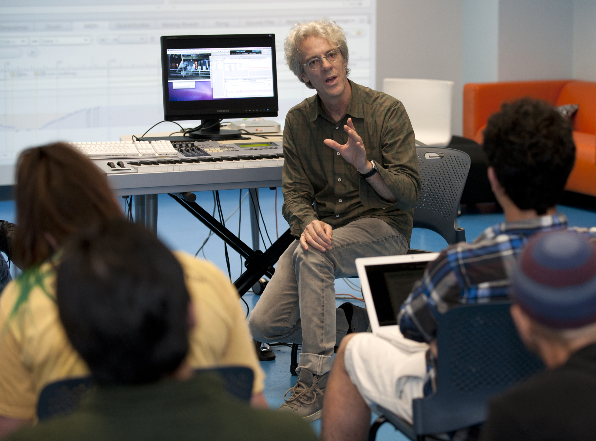 Rock Drummer Stewart Copeland talks with SMU students.