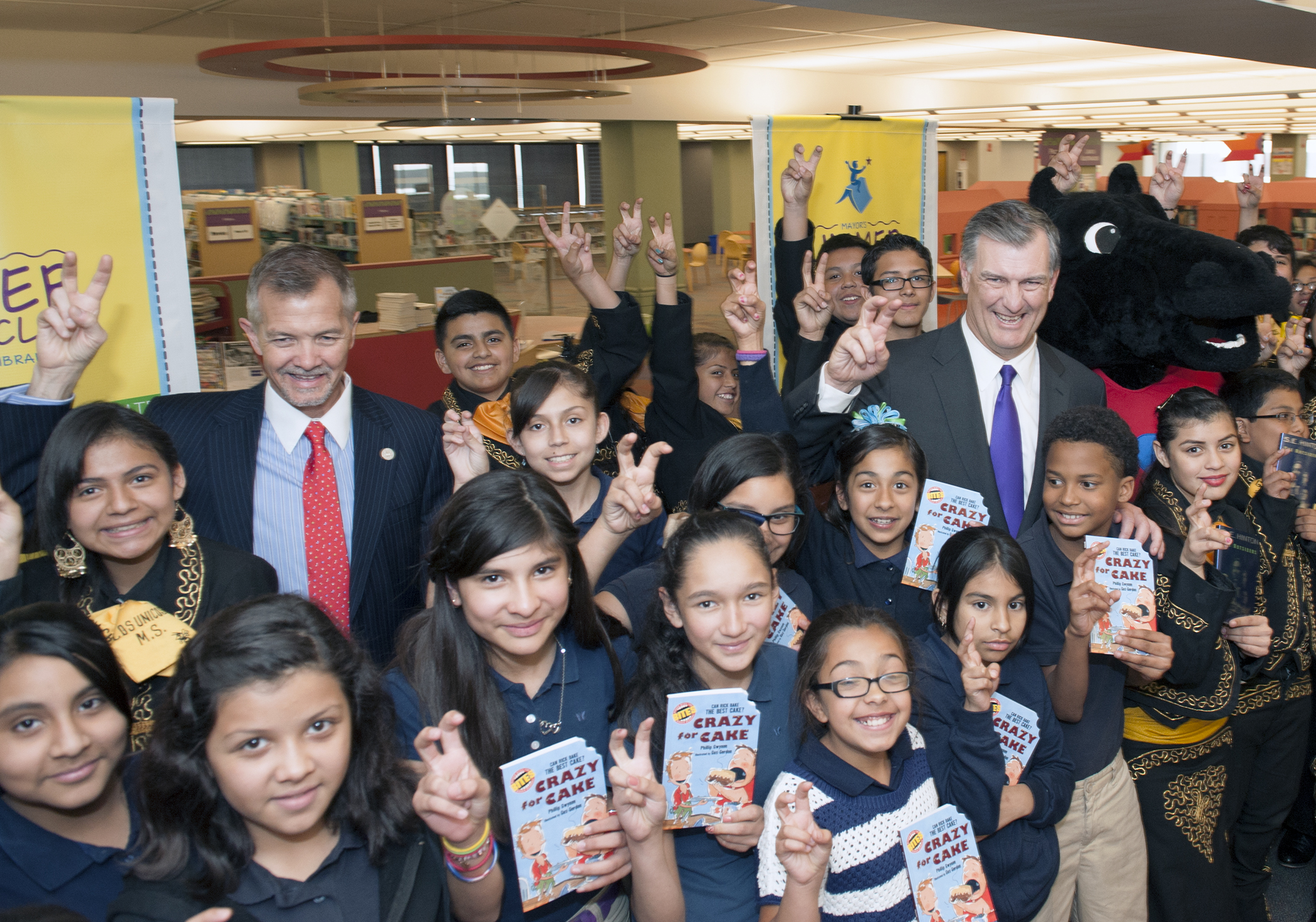 Announcement of Mayor's Summer Reading Club
