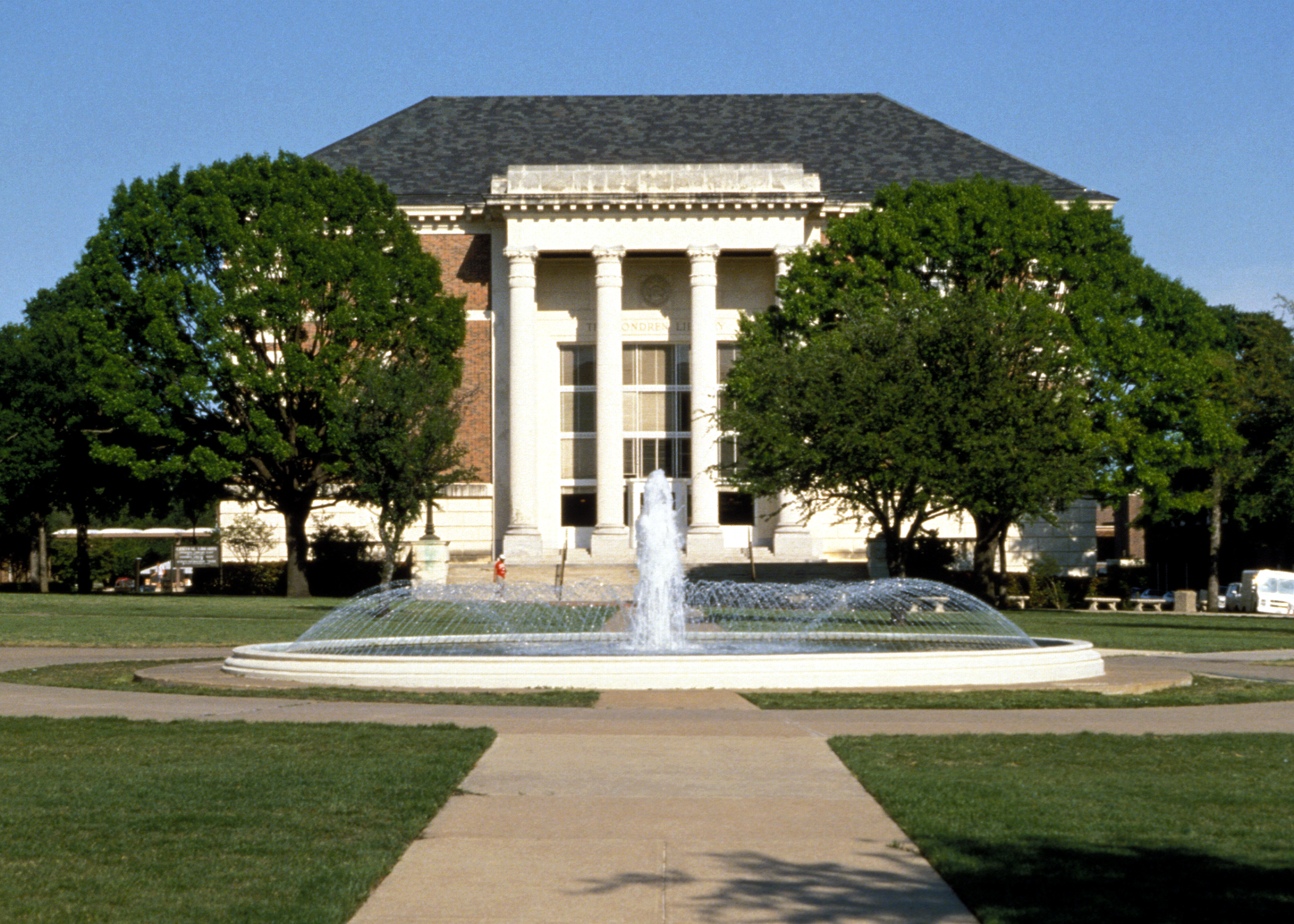 DeGolyer Library at SMU