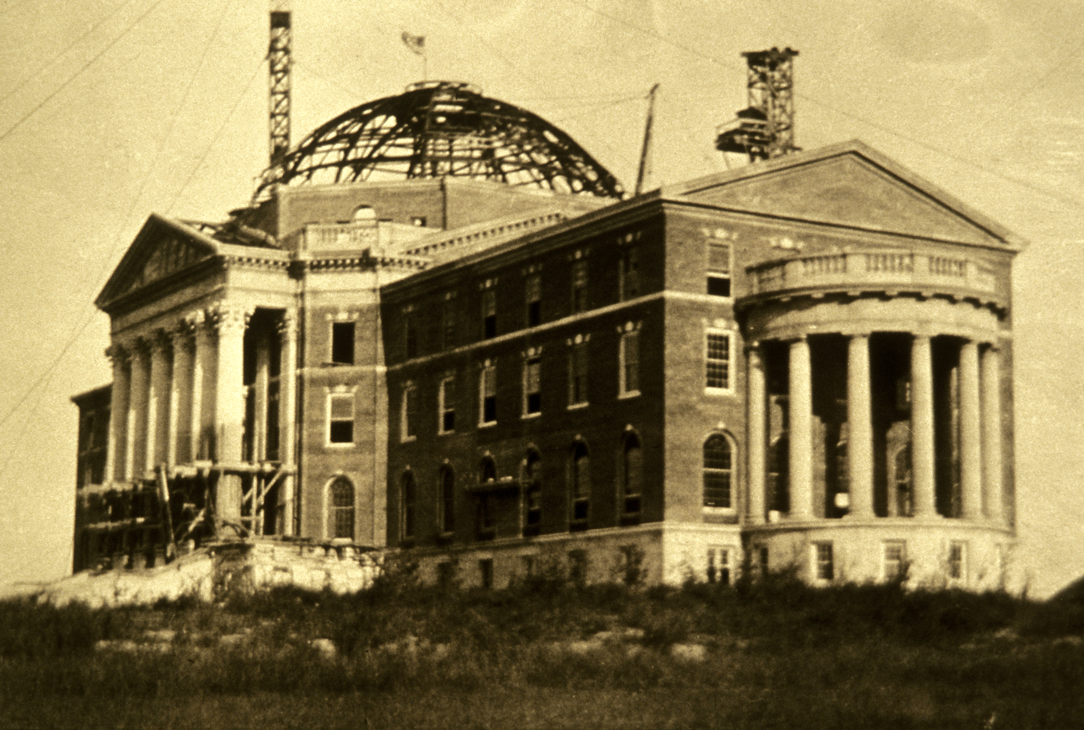 Historic photo of Dallas Hall under construction