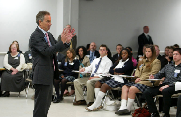 Former British Prime Minister Tony Blair speaks to an SMU class.