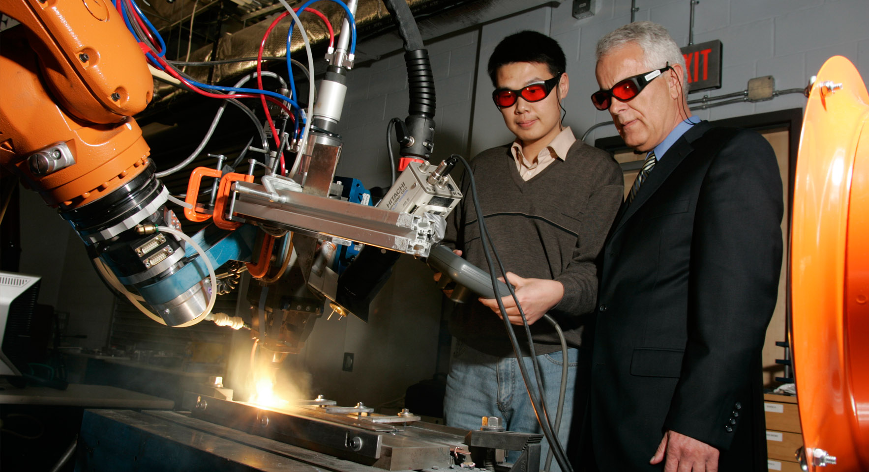 Center for Laser Aided Manufacturing